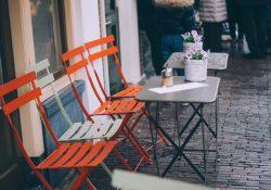 Med ekstra klapstole bliver du i stand til at holde store arrangementer i din restaurant eller cafe
